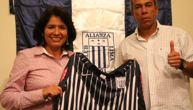 Wilmar Valencia fue presentado oficialmente como técnico de Alianza Lima [VIDEO]