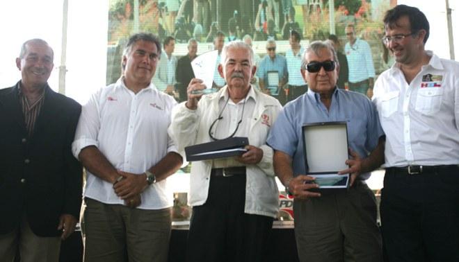 Primeros pilotos peruanos que corrieron en un Dakar fueron homenajeados [VIDEO]