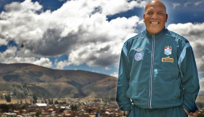 Roberto Mosquera: ¡Mis sueños están en Júpiter; mis pies, en la Tierra!