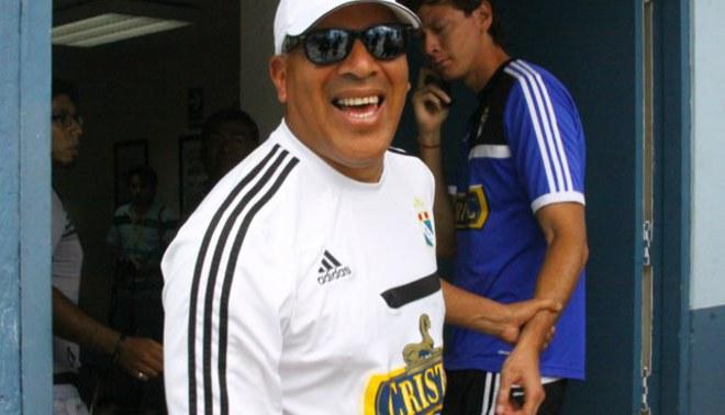 Roberto Mosquera: Tener tantos talentos es difícil para un entrenador