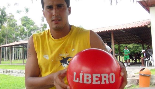 Víctor Rossel a LÍBERO: Un dirigente de Universitario frustró mi llegada al club