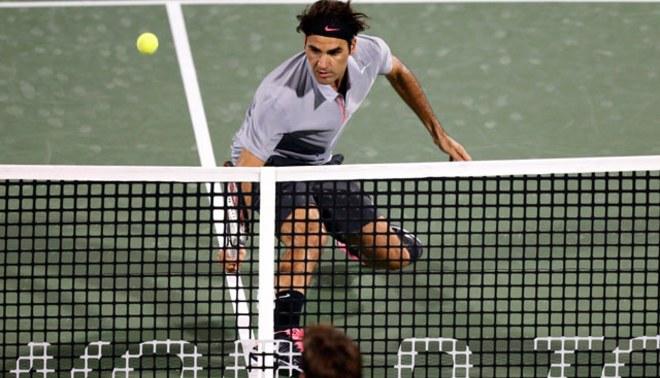 Roger Federer clasificó a cuartos de final en torneo de Dubai