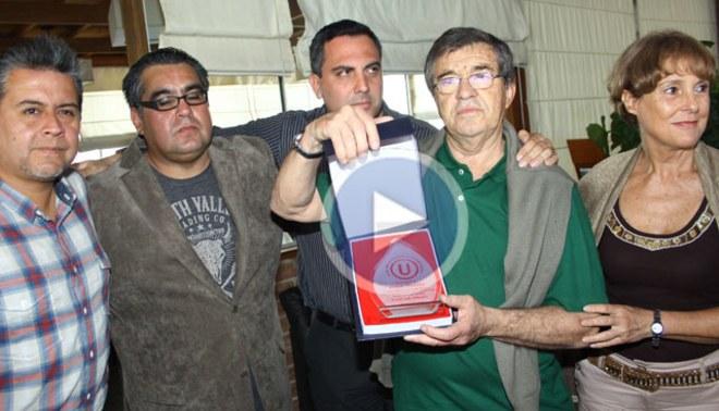 Universitario le rindió homenaje al ex jugador Rubén Techera[VIDEO]