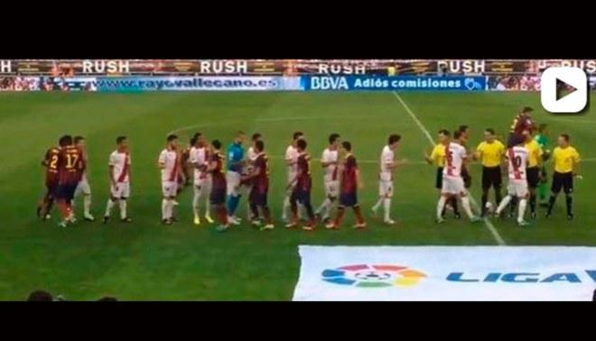 Lionel Messi fue desairado durante el saludo protocolar [VIDEO]