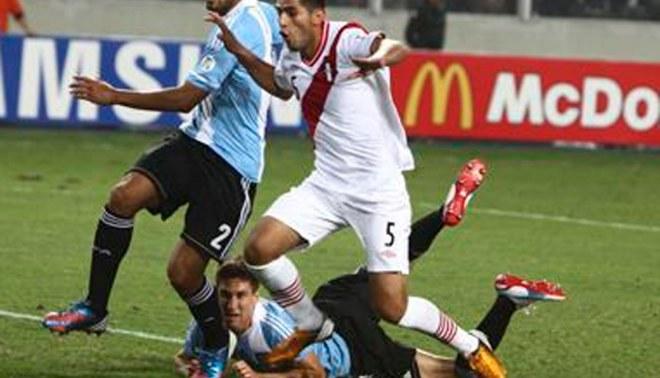 """Carlos Zambrano: """"Nunca me negaré por venir a la selección"""""""
