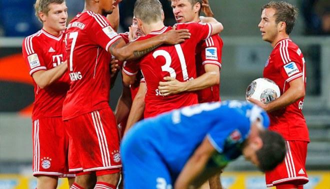 Bayern Múnich de Claudio Pizarro superó 1 - 2 a Hoffenheim  [VIDEO]