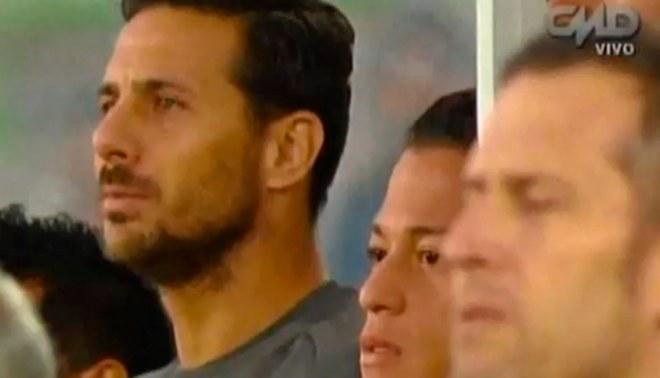 Chile vs. Perú: Claudio Pizarro sorprendió a prensa 'mapocha' por ser suplente [VIDEO]