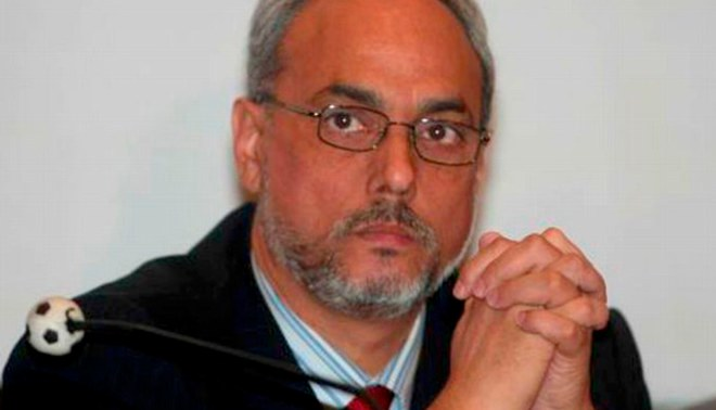 Manuel Burga se adjudica titulos de Cienciano y Universitario en la Sub 20
