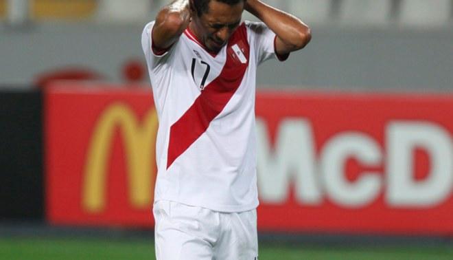 Selección Peruana: Carlos Lobatón dejó concentración y no jugará ante Venezuela