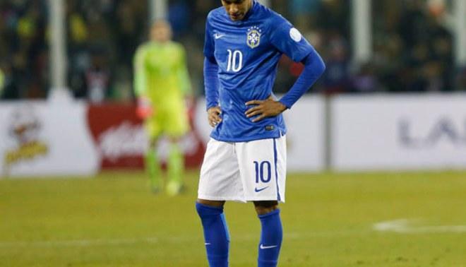 Neymar fue suspendido por cuatro fechas y quedó fuera de la Copa América