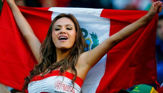 Nissu Cauti: Novia de Perú cumple su promesa y se desnuda tras clasificación a cuartos de Copa América 2015 [VIDEO]