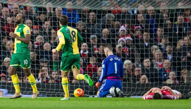 Manchester United cayó en Old Trafford por 2-1 ante el Norwich City  por la Premier League [FOTOS/VIDEO]