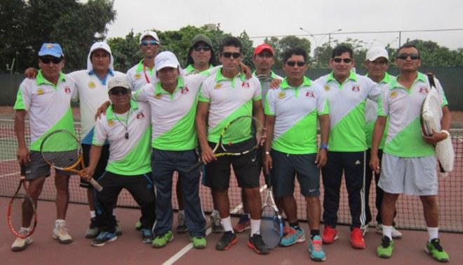 Academia de la Federación de Tenis es la mejor del país