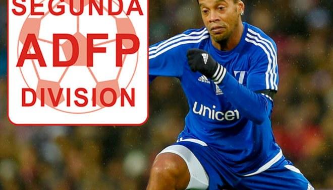 ¿Ronaldinho podría jugar en la Segunda División? Este dirigente sueña con su fichaje