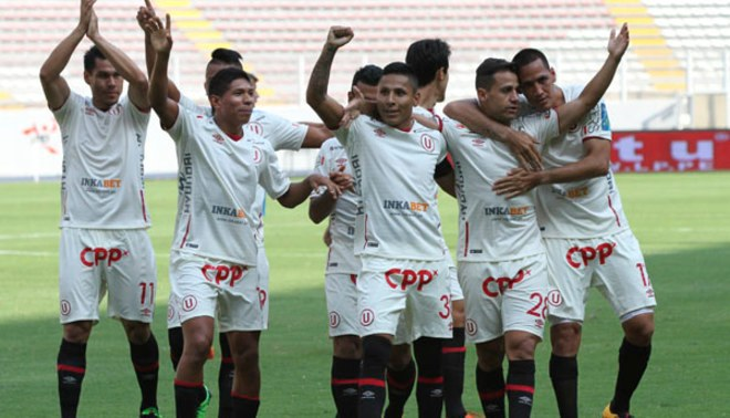 Universitario goleó 3-0 a La Bocana con doblete de Edison Flores [VIDEO]