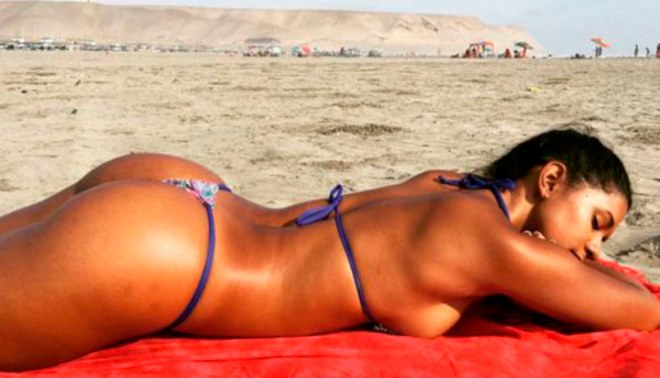 Rocío Miranda: voleibolista causa alboroto por imágenes en diminuto bikini   FOTOS