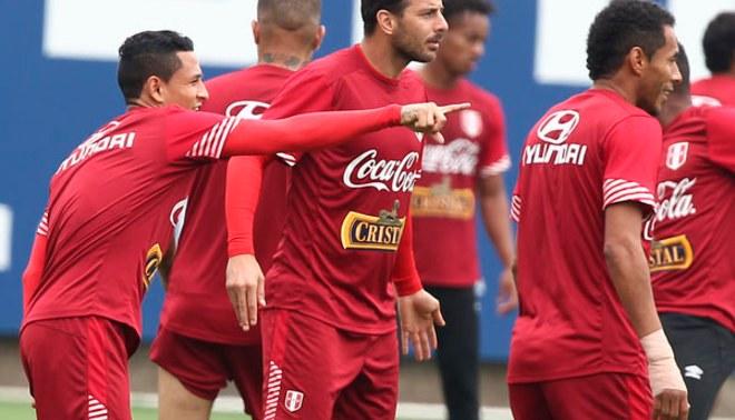 Selección peruana: 'Bicolor' entrenó con Claudio Pizarro, Paolo Guerrero y Juan Vargas