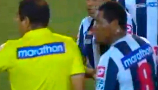Alianza Lima vs. Sport Callao: Juan Jayo se volvió 'loco' con árbitro en la Súper Liga |VIDEO