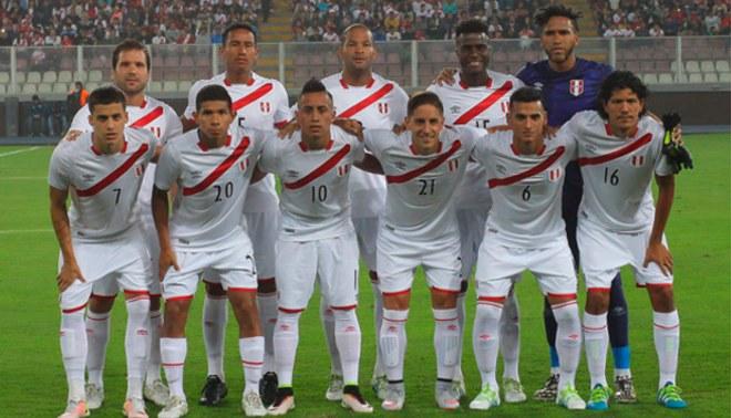 El once de Perú en el amistoso ante Trinidad y Tobago en el Estadio Nacional.  Fuente   LÍBERO 70e6fe7dbf190
