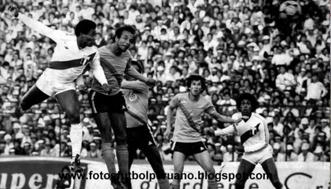 Selección Peruana: se cumplen 35 años del golazo del 'Tanque' La Rosa en el Campín de Bogotá   VIDEO