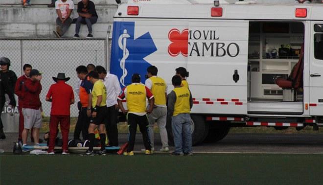 UTC vs. Alianza Atlético: Víctor Guazá sufrió golpe en el cráneo y preocupa a sus compañeros |VIDEO