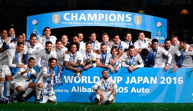 Real Madrid celebra el Mundial de Clubes superando al