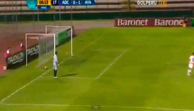 Cantolao vs. Ayacucho FC: Paulo Albarracín fue protagonista del blooper del año en el Torneo de Verano |VIDEO