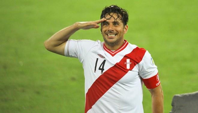 Claudio Pizarro aseguró que aún se siente convocable para la selección peruana
