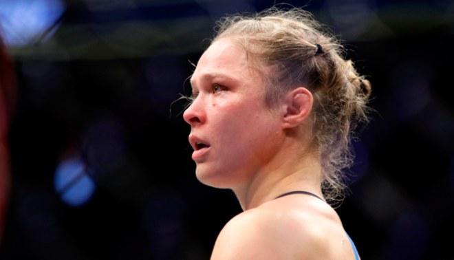 UFC: Ronda Rousey se casa y presidente asegura no peleará más