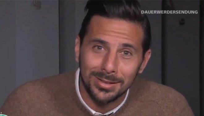 Claudio Pizarro: 'Bombardero' confirmó  con este video que jugará un año más