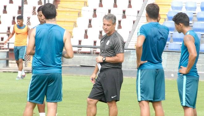 Alianza Lima: Pablo Bengoechea y su plan para el Torneo Apertura