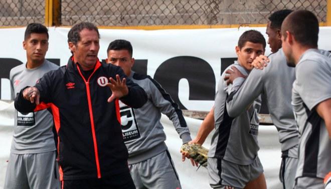 """Pedro Troglio sobre jugar sin seleccionados:""""Este equipo tiene que campeonar y no es normal"""""""
