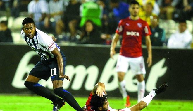 Alianza Lima: Lionard Pajoy fue opacado por la defensa de Independiente