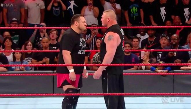 WWE RAW: Brock Lesnar tuvo un fuerte careo con Samoa Joe y se fueron a golpes [VIDEOS]