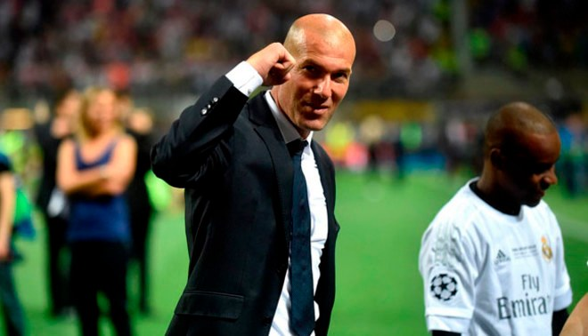 """Real Madrid: Zinedine Zidane sobre refuerzos """"Nos falta un delantero para completar nuestro ataque"""""""