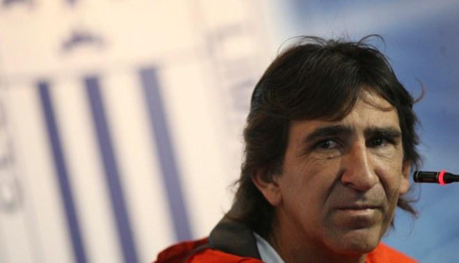 "Alianza Lima: Gustavo Costas calificó de ""vago"" al futbolista peruano |VIDEO"