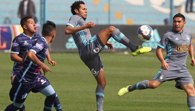 Sporting Cristal volvió a ceder puntos de local y se aleja de la punta del Clausura