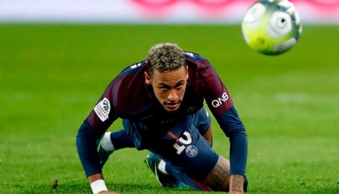 Neymar nunca imaginó recibir duras críticas de un 'crack' con el cual compartió vestuarios
