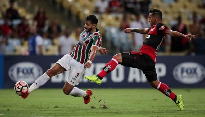 Flamengo con Miguel Trauco ganó 1-0 al Fluminense por la semifinal de la Copa Sudamericana [VIDEO]