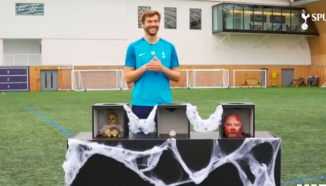 Halloween: Fernando Llorente aceptó reto, pero terminó así al observar a un zombie [VIDEO]