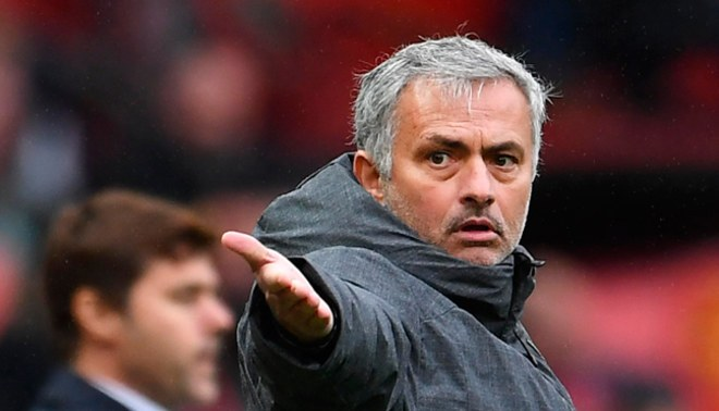 Manchester United: José Mourinho ha solicitado el fichaje de Samuel Umtiti