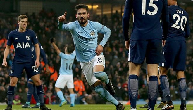 Manchester City aplastó 4-1 al Tottenham y llegó a los 16 triunfos seguidos en la Premier League