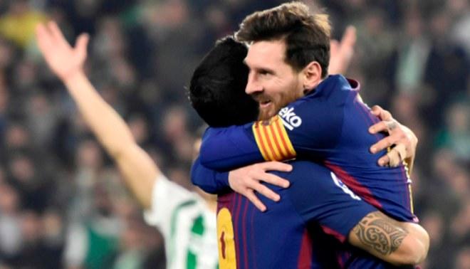 Barcelona aplastó 5-0 al Betis con dobletes de Lionel Messi y Luis Suárez