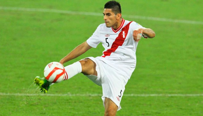 Carlos Zambrano hará de todo para que Ricardo Gareca lo convoque para el Mundial