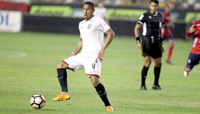 Universitario: Adán Balbín se metería al equipo titular de Pedro Troglio ante UTC