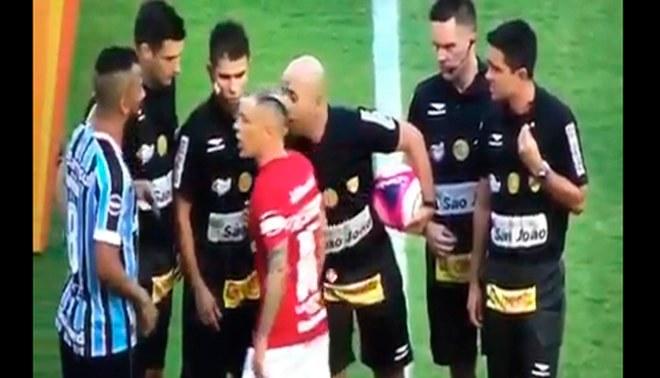 Andrés D'alessandro: 'Cabezón' se peleó en derbi frente a Gremio [VIDEO]