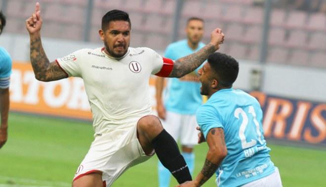 Universitario: Juan Manuel Vargas jugó de forma agresiva ante Sporting Cristal [VIDEO]
