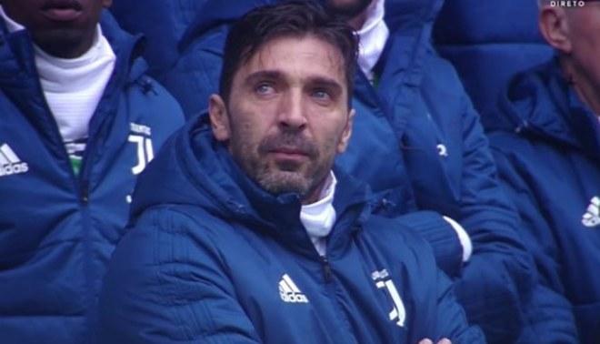 Gianluigi Buffon pagó el avión de la Juventus para asistir al funeral de Astori