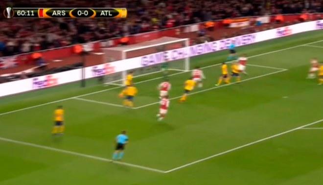 Arsenal vs. Atlético de Madrid: Alexandre Lacazette abrió el marcador para los 'Gunners' con un cabezazo [VIDEO]