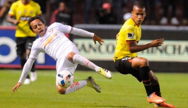 0b10ba9dd39 Barcelona SC cayó 1-0 ante LDU y pierde la punta de la Serie A de Ecuador   RESUMEN Y GOL